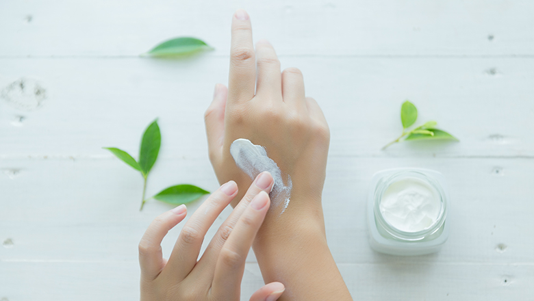 Dry-Dehydrated-Skin-How-to-get-Back-Soft-Supple-Skin